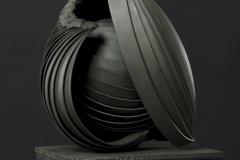 Gondolatmag II (133x30x24 cm, acel, 2012)